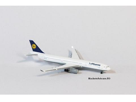 Airbus A330-300 Lufthansa 1:600
