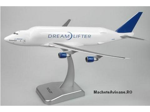 Boeing B747-400LCF Dreamlifter 1:200