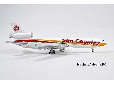McDonnell Douglas DC-10-15 Sun Country Airlines 1:400