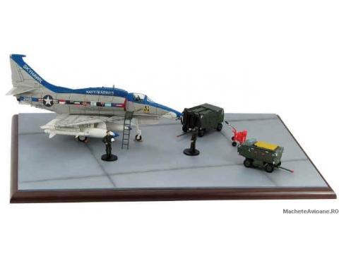 Diorama Douglas A-4M Skyhawk 1:72