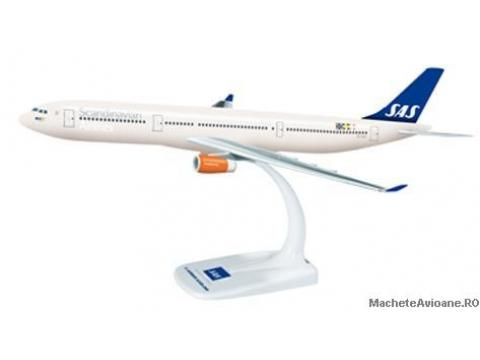 Airbus A330-300 SAS Scandinavian Airlines 1:200