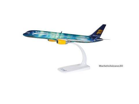 Boeing B757-200W Icelandair