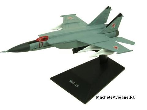 Mikoyan-Gurevich MiG-25 Russia Air Force 1:144