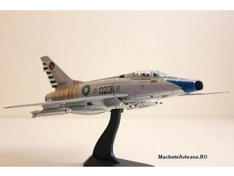 North American F-100A Super Sabre RoCAF 1:72