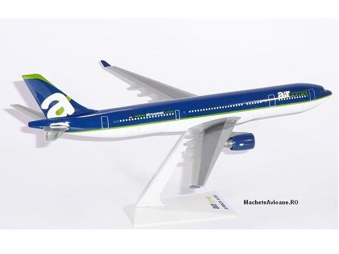 Airbus A330-300 Air Comet 1:200