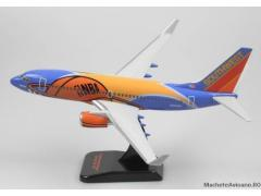 "Boeing B737-700 Southwest Airlines ""Slam Dunk"" 1:200"