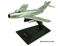 Mikoyan-Gurevich MiG-17 Russia Air Force 1:144